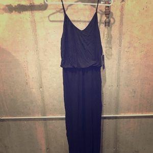 lulus black maxi dress with slit